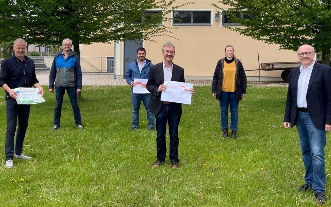 Schloss-Stadl Adlhausen – Dorfmitte erhält zusätzliches Funktionsgebäude