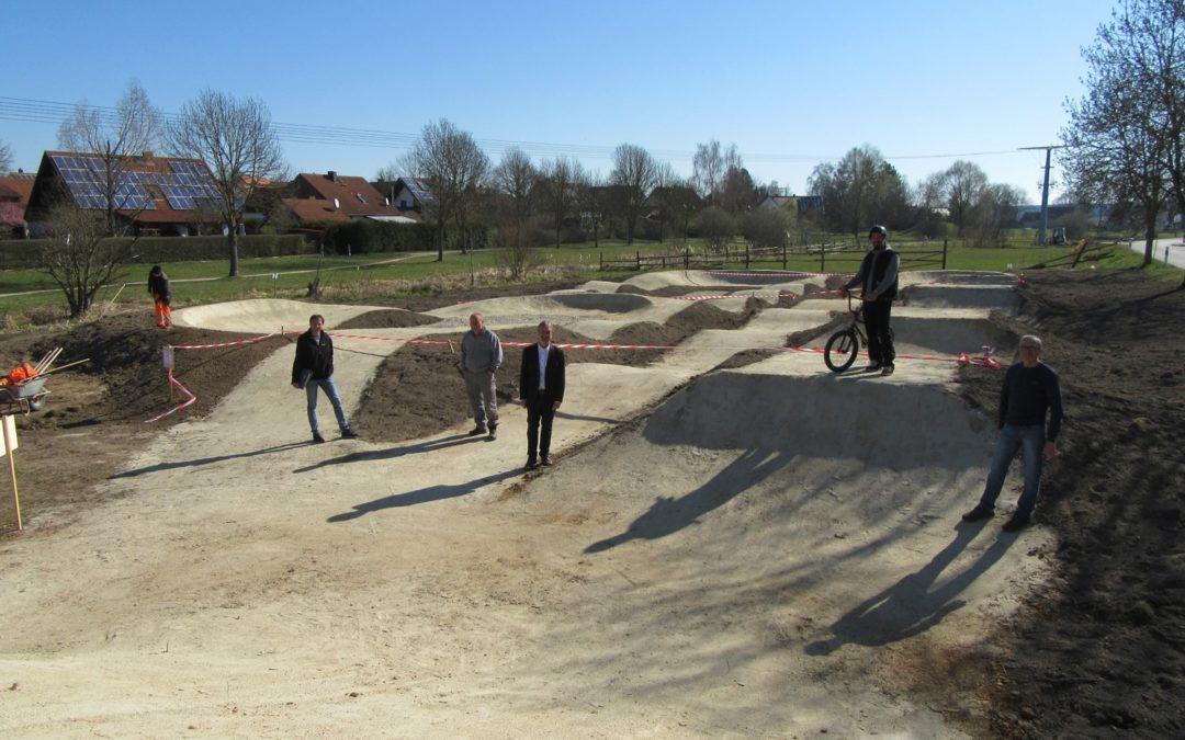 """Der neue Bikepark im Freizeitgelände """"Marktweiher"""" wurde fertiggestellt"""