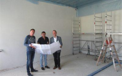 Die Bauarbeiten zur Erweiterung des Verwaltungsbereichs der Franziska-Obermayr-Schule laufen auf vollen Touren