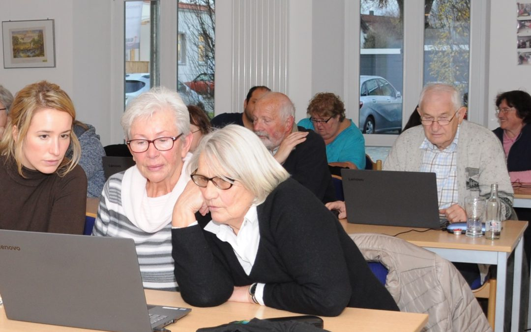 Mehrgenerationenhaus bereitet Älteren ein Willkommen in der digitalen Welt