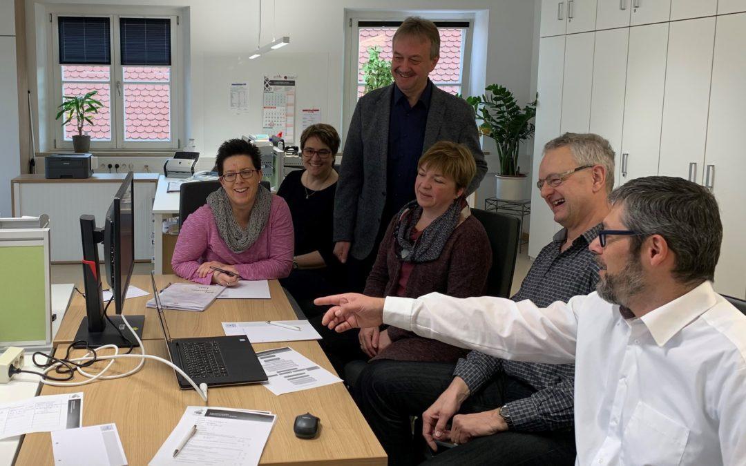 Weiterer Schritt zur Digitalisierung im Langquaider Rathaus