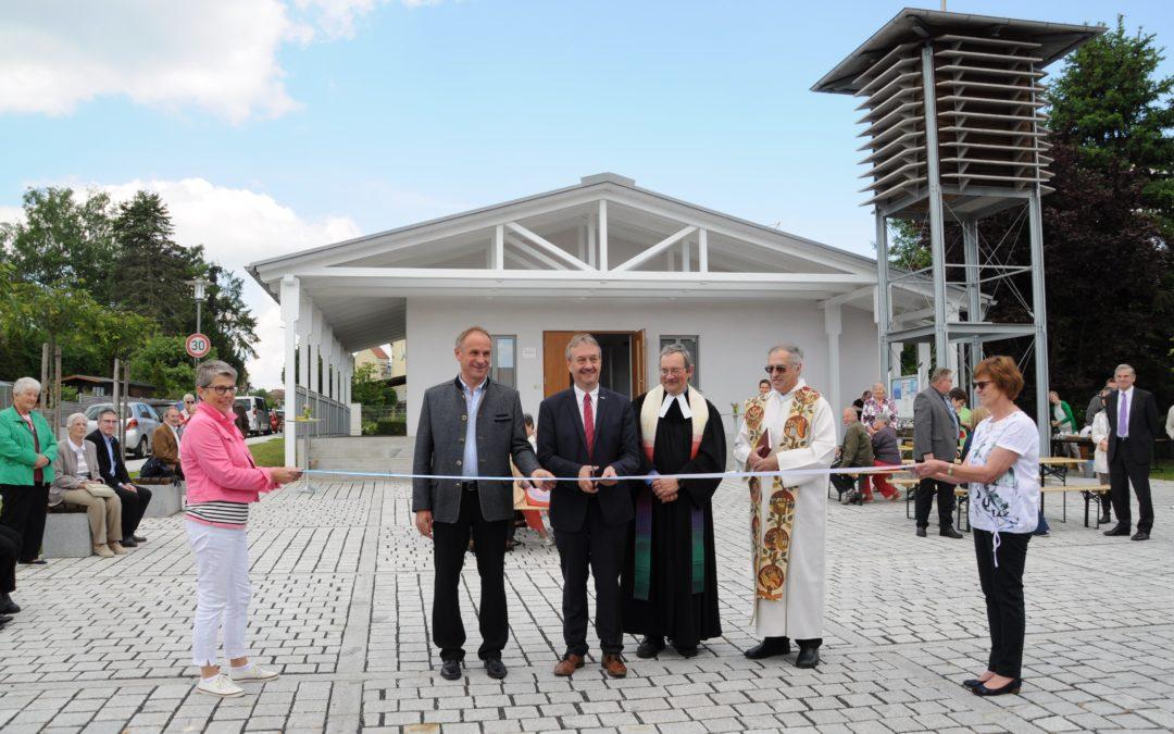 Evangelischer Kirchplatz offiziell seiner Bestimmung übergeben