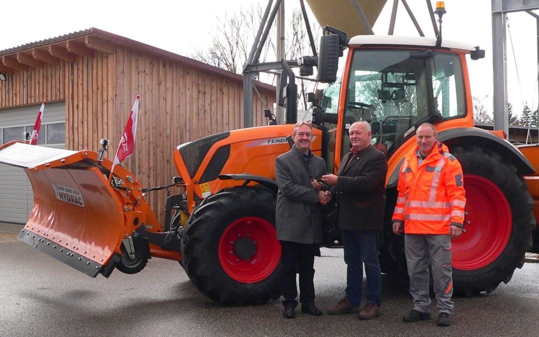 Neuer Kommunaltraktor stärkt den Bauhof