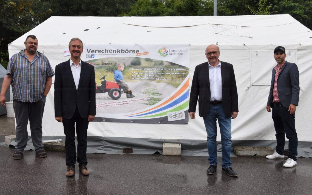 Verschenken statt wegwerfen: Pilotprojekt am Wertstoffzentrum in Langquaid gestartet