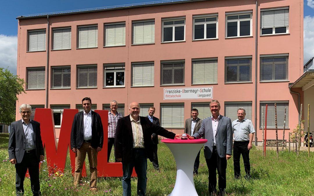 Franziska-Obermayr-Schule Langquaid geht mit Highspeed ins Internet